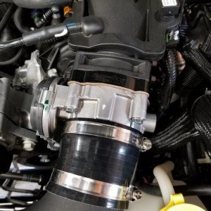 Rugged Ridge Throttle Body Spacer